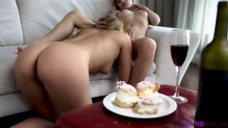 Glamorous girlfriends are having dirty lesbian sex